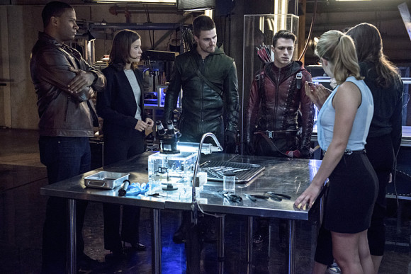 arrow-the-flash-crossover-episode-the-brave-and-the-bold-dreamteam