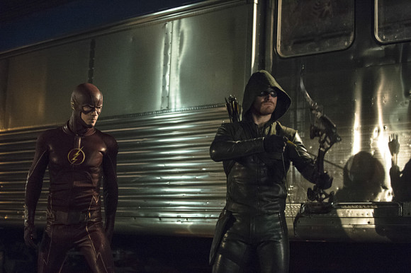 arrow-the-flash-crossover-episode-the-brave-and-the-bold-stephen-amell