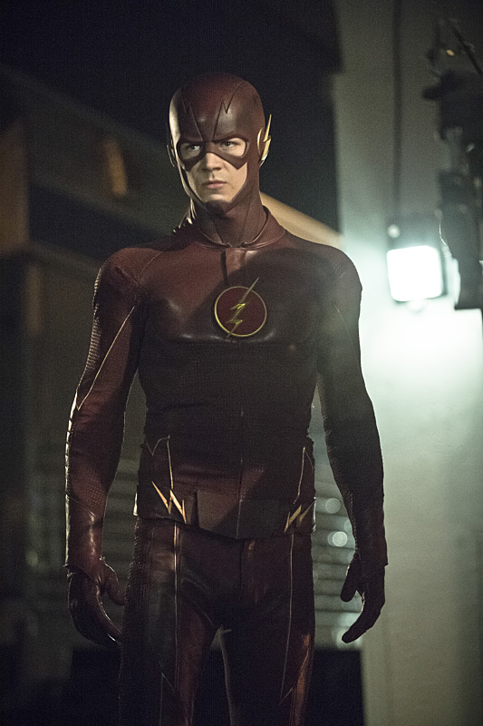 arrow-the-flash-crossover-episode-the-brave-and-the-bold-train