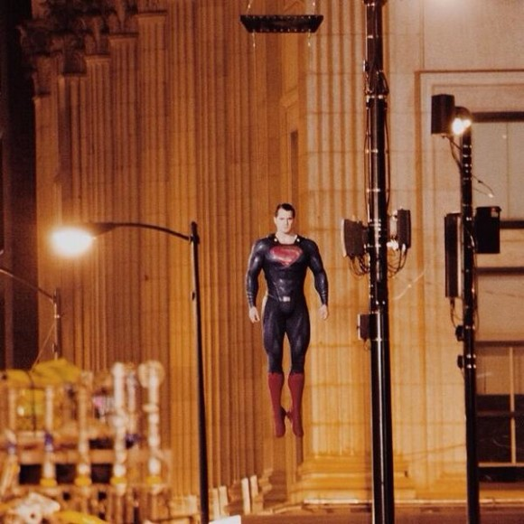 batman-v-superman-dawn-of-justice-tournage-flying