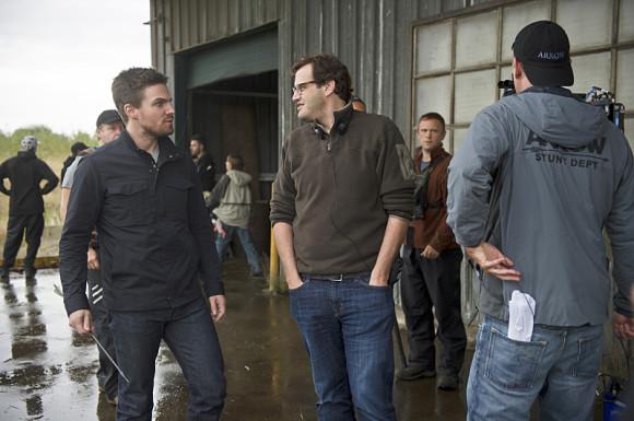 the-flash-vs-arrow-episode-crossover-andrew-keisberg-producteur