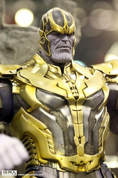 hot-toys-avengers-age-of-ultron-titan-mad