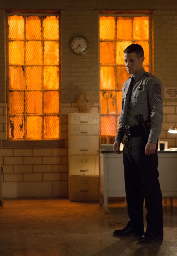 rogues-gallery-gotham-episode-gordon