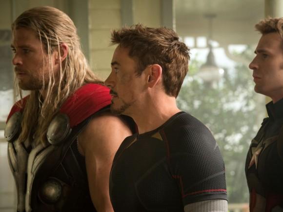 avengers-age-of-ultron-stills-stark-rogers-thor
