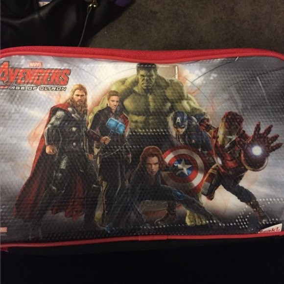 avengers-age-of-ultron-trousse