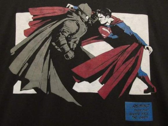 batman-v-superman-tshirt-crew