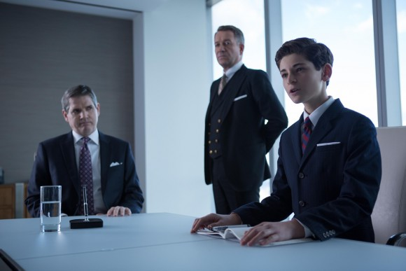 gotham-the-blind-fortune-episode-boss-wayne-young