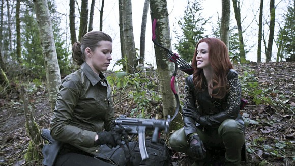 arrow-episode-suicide-squad-tendancies-amy-gumenick
