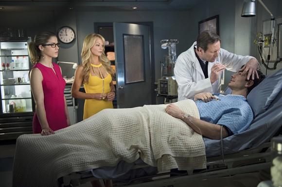 arrow-saison-3-episode-public-ennemy-palmer-hospital