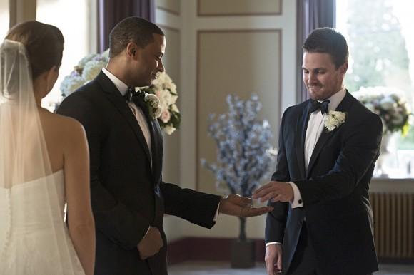 arrow-suicidal-tendencies-episode-oliver-wedding