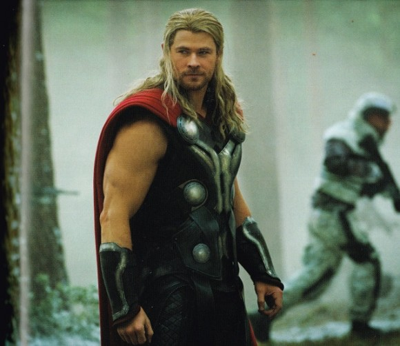 avengers-age-of-ultron-thor-smiling