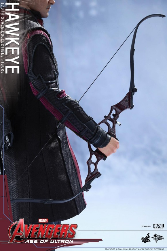 hawkeye-hot-toys-avengers-age-of-ultron-bow