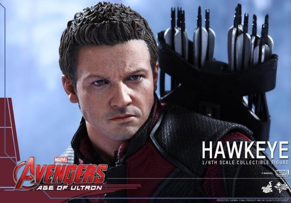 hawkeye-hot-toys-avengers-age-of-ultron-scale