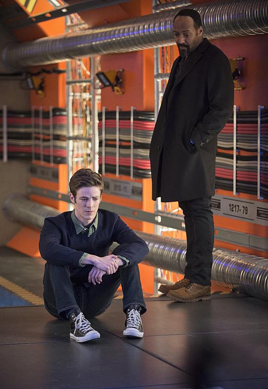the-flash-episode-tricksters-prison
