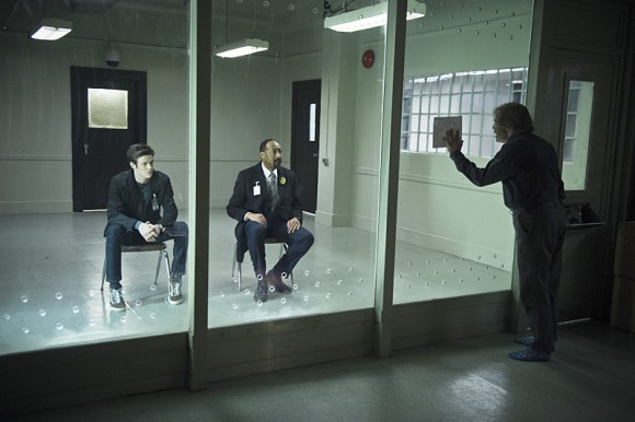 the-flash-episode-tricksters-west-prison