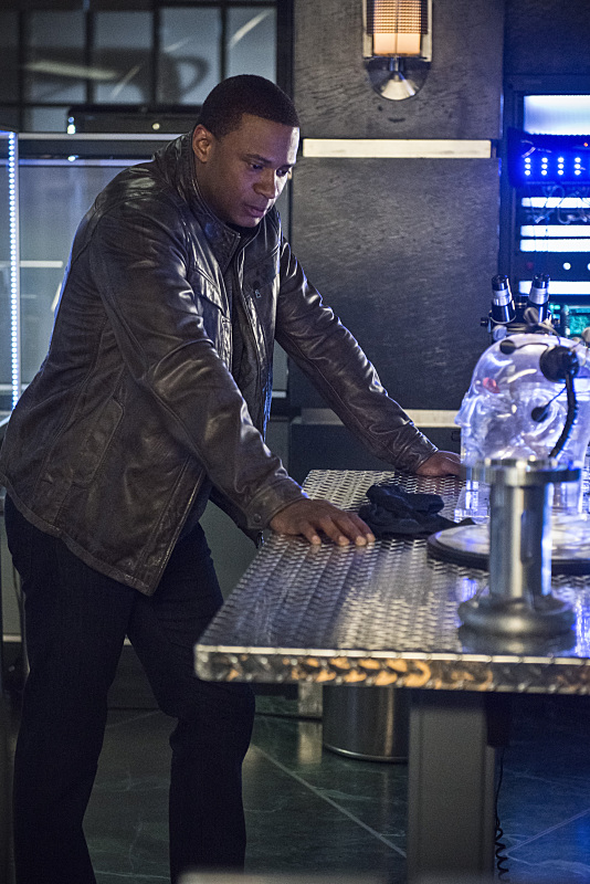al-sah-him-photos-arrow-episode-david-ramsey