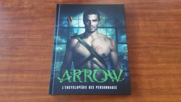 arrow-encyclopedie-personnages-livre