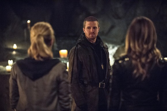 arrow-this-is-your-sword-episode-stephen-amell
