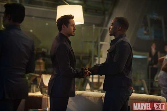 avengers-age-of-ultron-anthony-mackie-falcon