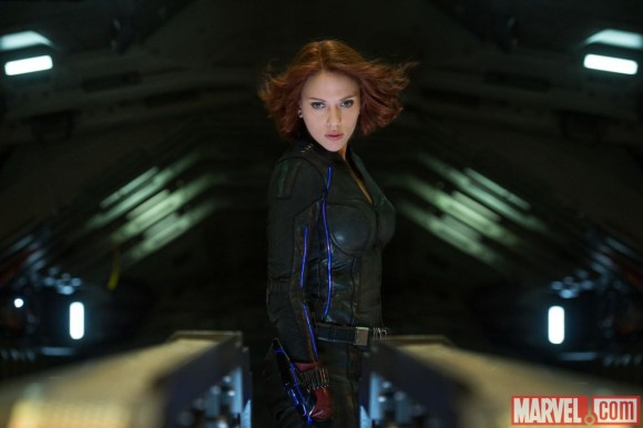 avengers-age-of-ultron-black-widow-new-costume