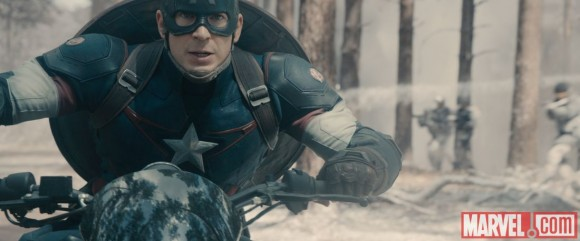 avengers-age-of-ultron-captain-america-moto
