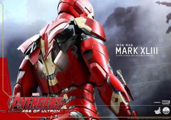 avengers-age-of-ultron-hot-toys-iron-man-mark-xliii-scale-dos