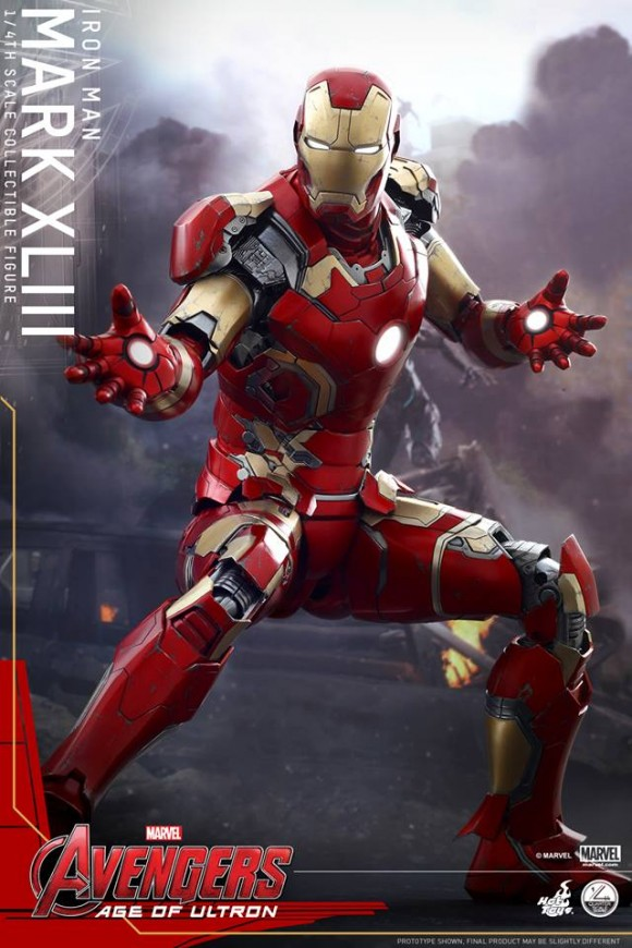 avengers-age-of-ultron-hot-toys-iron-man-mark-xliii-scale-pose