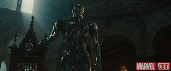 avengers-age-of-ultron-ultron-trone