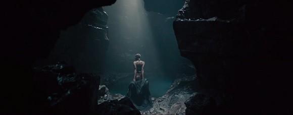 avengers-ere-ultron-scene-coupee-femme-mystere-wakandaise-thor