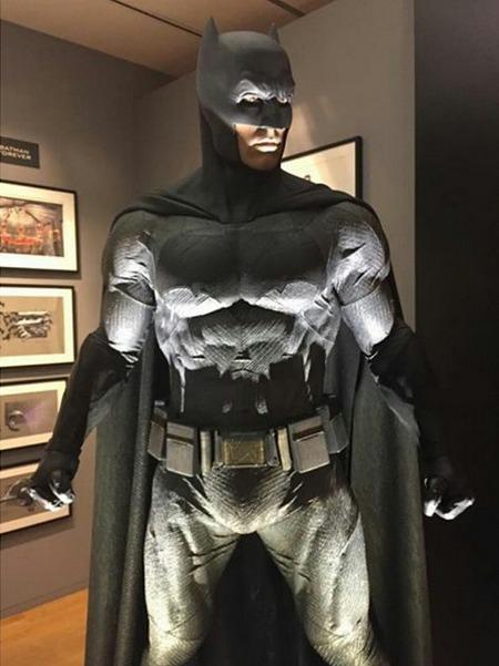 batman-costume-batman-vsuperman