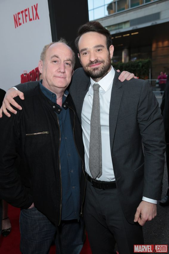 charlie-cox-jeph-loeb-red-carpet-daredevil