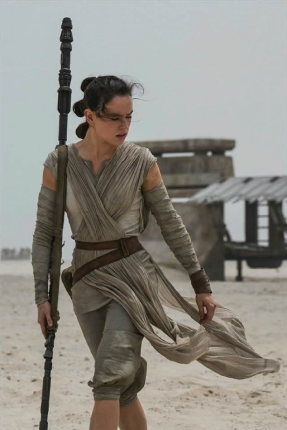 star-wars-force-awakens-rey-picture