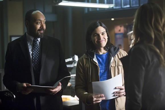 the-flash-episode-who-is-harrison-wells-crossover