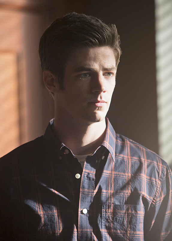 the-flash-episode-who-is-harrison-wells-grant-gustin