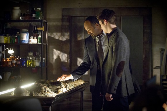 the-flash-episode-who-is-harrison-wells-morgue