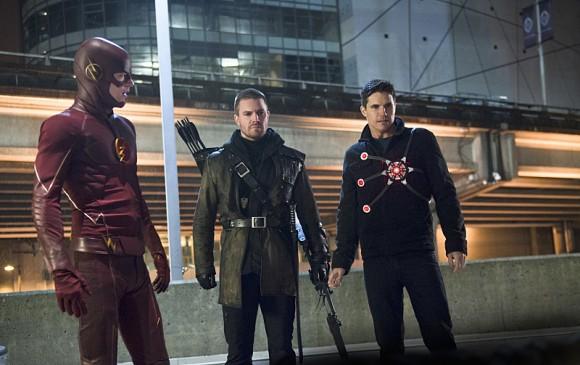 the-flash-rogue-air-episode-flash-arrow-firestorm