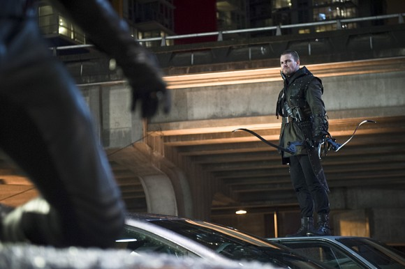 the-flash-rogue-air-episode-oliver-queen
