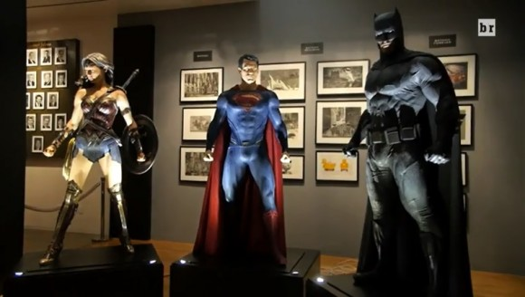 wonder-woman-batman-superman-costumes