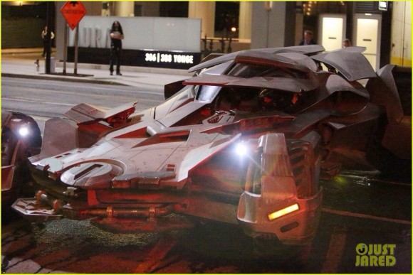 suicide-squad-jokermobile-batman
