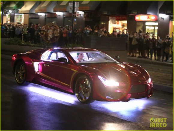 suicide-squad-jokermobile-shooting