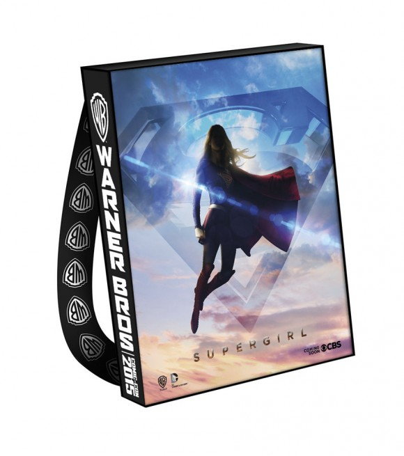 comic-con-2015-warner-bag-supergirl