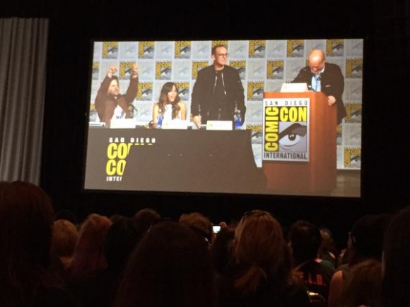 agents-of-shield-season-3-panel-comic-con-hail