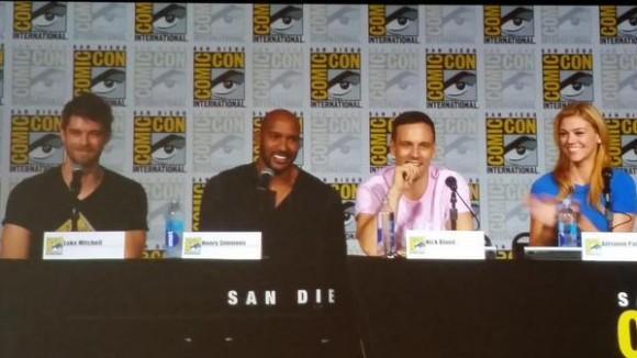 agents-of-shield-season-3-panel-comic-con-mack