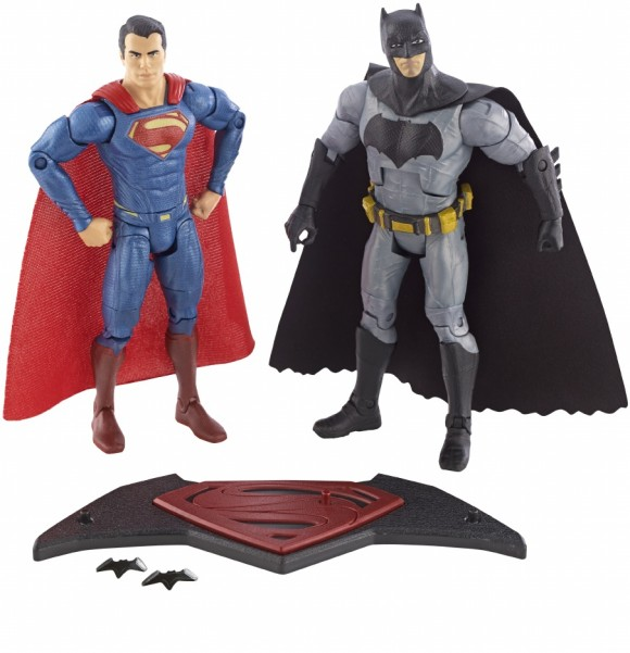 batman-v-superman-dawn-of-justice-figurine