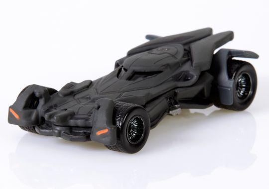 batman-v-superman-dawn-of-justice-hot-wheels-batmobile