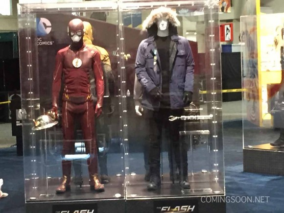 costume-the-flash-season-comic-con