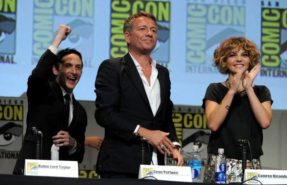 gotham-season-2-comic-con-panel-alfred