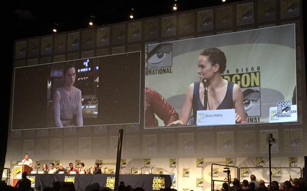 [Lucasfilm] Star Wars : Le Réveil de la Force (2015) Star-wars-the-force-awakens-comic-con-panel-ridley