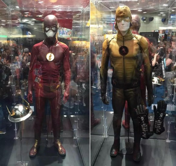 the-flash-future-costume-reverse-flash-comic-con