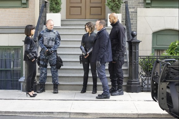 agents-of-shield-coulson-rosalind